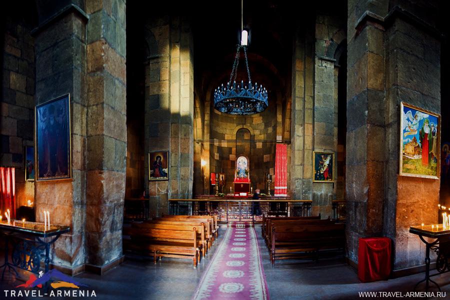 Храм Гаяне-1.jpg